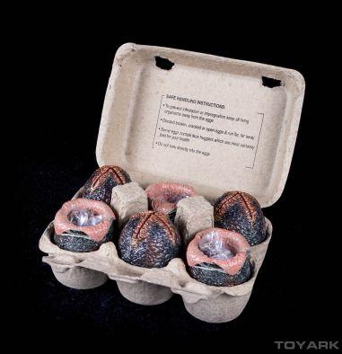 NECA-Alien-Eggs-011